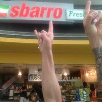 5/2/2014 tarihinde Daniele R.ziyaretçi tarafından Sbarro'de çekilen fotoğraf