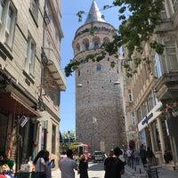 Foto tomada en Torre de Gálata por Seloband el 5/15/2018