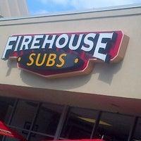 9/29/2013にTheFastFoodDude.comがFirehouse Subsで撮った写真