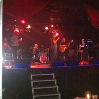Foto tirada no(a) Dante's por Gigi M. em 11/27/2012