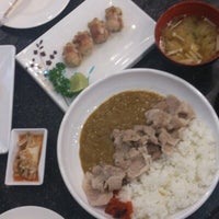 Photo taken at Mr.Sushi - NU Plaza by Johnnienoii Walkerzz T. on 1/31/2013