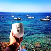 Foto tomada en El Pirata Beach Club por Pierre C. el 7/31/2014