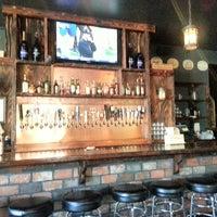 Photo prise au Monkey Paw Pub & Brewery par John D. le9/23/2012