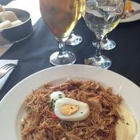 Foto tomada en L escola Restaurant por Pipo el 5/23/2013