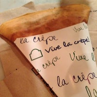 Photo taken at Vive La Crêpe by Xerxes L. on 10/13/2012