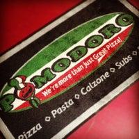 8/5/2013 tarihinde Pomodoro Pizza Pastaziyaretçi tarafından Pomodoro Express'de çekilen fotoğraf