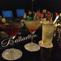Foto tomada en Doppelgänger Bar por Nina B. el 3/14/2013