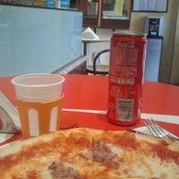 """Foto scattata a Pizzeria """"Il Ponte"""" da Luca G. il 3/27/2013"""