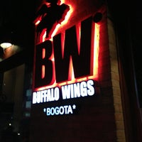 Photo taken at Buffalo Wings by Pablo G. on 5/18/2013