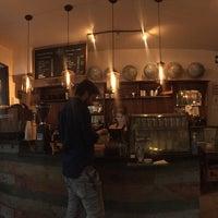Foto tomada en Cardinal. Casa de Café. por Jess O. el 8/21/2016