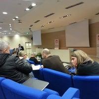 รูปภาพถ่ายที่ Centro Conferenze alla Stanga โดย Fabrizio G. เมื่อ 2/22/2013