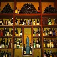 Foto scattata a Webster's Wine Bar da Thongsy S. il 3/24/2012