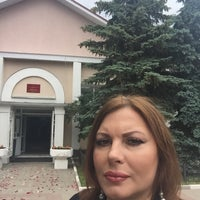 Photo taken at Сормовский ЗАГС by Oksana R. on 6/17/2016