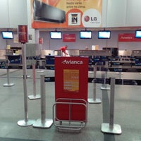 Photo taken at Check-in Avianca by Marcos t. on 1/26/2013