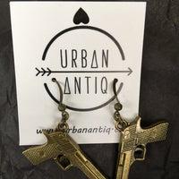 Photo taken at Urban Antiq by Kathy 👩🏻💻 L. on 10/4/2014