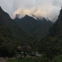 Foto tirada no(a) Aguas Calientes | Machu Picchu Pueblo por Alexandra I. em 4/23/2018