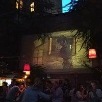 Photo prise au Szimpla Kert Ruin Pubs par Alexandra I. le7/22/2018