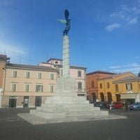 Foto scattata a Piazza Borghesi da Gianluca B. il 9/27/2012