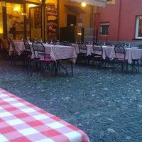 Das Foto wurde bei Pizzeria El Portico von Нина В. am 9/12/2013 aufgenommen