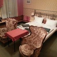 Das Foto wurde bei Hotel Kugel von Dominik E. am 10/6/2014 aufgenommen