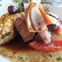 Photo taken at Restaurante La Muralla (Sucursal Jr. Junin) by Alvaro Luis C. on 4/7/2013