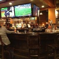 Photo taken at Uno Pizzeria & Grill - Boston by Alvaro Luis C. on 10/25/2012