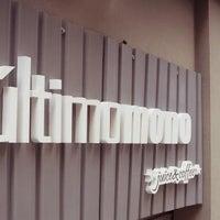12/27/2013 tarihinde El Último Mono Juice & Coffeeziyaretçi tarafından El Último Mono Juice & Coffee'de çekilen fotoğraf