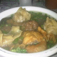 Photo taken at Bakso 129 ponegoro by Arie B. on 8/26/2014