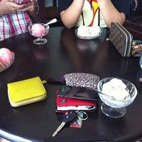 Photo taken at Samma Ice Cream by Piyathida J. on 3/22/2013