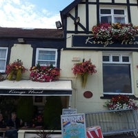 Photo taken at Kings Head by Mick on 8/18/2013