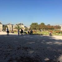 9/27/2018にAndra L.がGrand Bassin du Jardin du Luxembourgで撮った写真