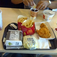 Photo taken at McDonald's & McCafé by Erfian Febi H. on 7/4/2013