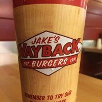 Photo taken at Jakes Wayback Burger by Fabio L. on 3/26/2015