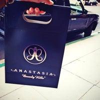 Photo taken at Anastasia Salon by Noura A. on 9/4/2014