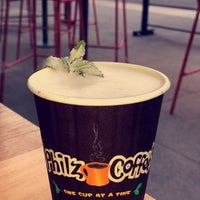 Das Foto wurde bei Philz Coffee von Noura am 11/25/2017 aufgenommen