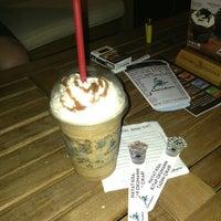 7/26/2013 tarihinde 🍭Ays🍭ziyaretçi tarafından Caribou Coffee'de çekilen fotoğraf