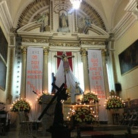 Photo taken at Templo Santa Catalina de Siena by Fer T. on 3/29/2013