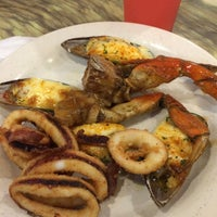 Photo taken at King's Buffet by Chellie D. on 2/16/2015