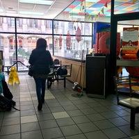 Foto tomada en McDonald's por Lionel F. el 10/3/2017