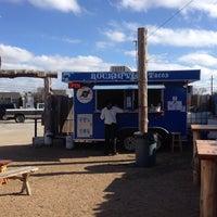 Das Foto wurde bei Vegan Nom Truck von Chris P. am 1/30/2014 aufgenommen