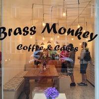 4/27/2013에 Apostolos P.님이 Brass Monkey에서 찍은 사진