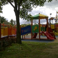Photo taken at Taman Layang-Layang (Kite Flying) Kepong by Zaidy R. on 2/13/2013