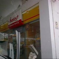 Photo taken at Shell Tol Batu 3 by Zaidy R. on 10/19/2013