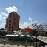 Photo taken at Novotel Singapore Clarke Quay by OillY O. on 5/30/2015