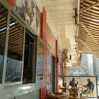 2/4/2013 tarihinde Tolga B.ziyaretçi tarafından Köşk Kebap Salonu'de çekilen fotoğraf