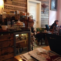 Das Foto wurde bei Cafe Valentin von Anita Š. am 10/20/2013 aufgenommen