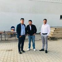 Photo taken at Ezine 3. Jandarma Eğitim Tabur Komutanlığı by Burak Gülben K. on 4/13/2018