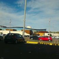 รูปภาพถ่ายที่ Espacio Mediterráneo Centro Comercial y de Ocio โดย Sandra L. เมื่อ 2/10/2013