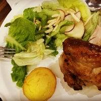 Photo taken at Kenny Rogers Roasters by Gracey T. on 6/25/2016