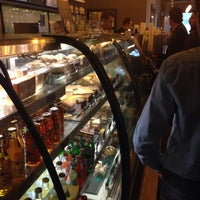 10/27/2013 tarihinde Edda Z.ziyaretçi tarafından Starbucks'de çekilen fotoğraf
